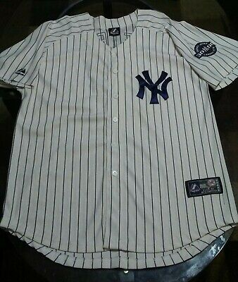 bf8073f1f04 Majestic New York Yankees 3000 Career Hits Derek Jeter  2 Jersey Size 52.