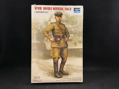 Trumpeter 703 WWII Soviet Officer Vol.1 in 1:16