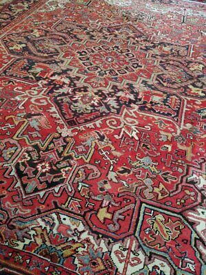 9 x 11 or 8.6 x 10.9 Vintage Top Quality Persian Heriz Rug Serapi Antique
