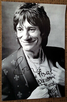 """RONNIE WOOD signed photograph 12x8"""" - THE ROLLING STONES - Genine Signature"""