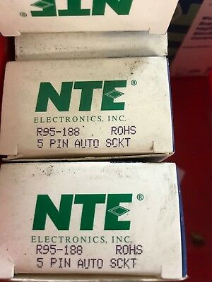"""1 New) NTE Electronics R95-188 Relay Socket, 5 Pins, 50A, R51 Series 6.5"""" Leads"""