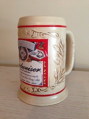 COLLECTABLE BUDWEISER Bud Label Stein Beer Mug 18 oz. Ceramic NEW IN BOX