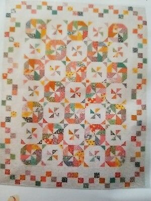 "Record Spin Quilting Kit by Suzanne's Quilt Shop 70"" x 90"""