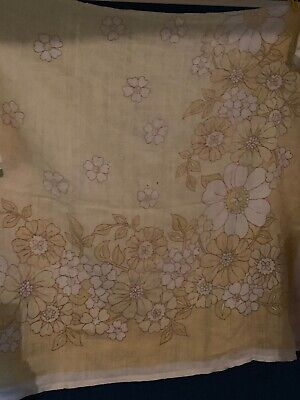 RETRO Vintage Linen TABLECLOTH 134 X 164cm