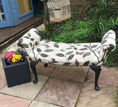Small chaise longue chair