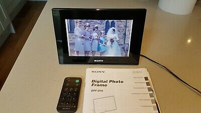 SONY DPF-D70 S-Frame Digital Photo with remote control