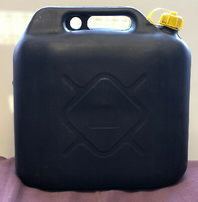 Jerry Can Petrol Diesel Fuel Water Storage Container Can Spout 20L Litre
