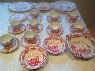 Johnson Bros. OLD BRITAIN CASTLES PINK 32 pcs: includes 4 - 4 pc. Place settings