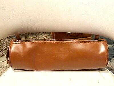 Vintage Tanned Harness Cowhide Leather Toiletry Cosmetic Barrel Bag
