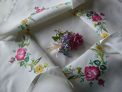 Vintage Hand Embroidered Tablecloth= Beautiful Floral Bouquets