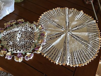 """DOILIES Vintage 2 Set White Yellow Floral Lace Crocheted 14-16"""" Doilies"""