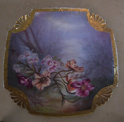 A Fine Antique Porcelain Art Nouveau European Wall Plate With Pattern Of Flowers