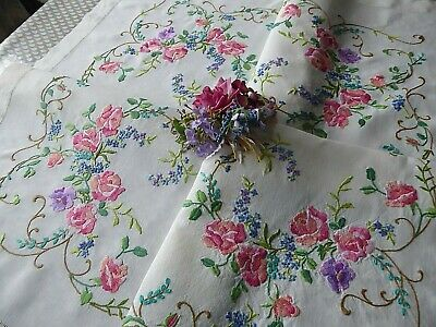 Vintage Hand Embroidered Tablecloth=Beautiful Pink Roses - Stunning