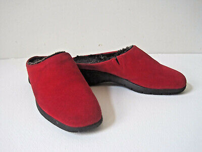 273568d3cf4f Clogs Womens Shoes Sz 5.5 Wedge Suede MAXINE OF CANADA Warm Insulated Red  Spring