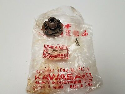Nos Kawasaki Kz400 Z400 Kz440 - Breaker Governor Timing Advancer 21148-1002