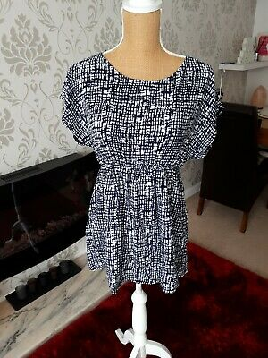 ed4fc864ea3c5 New Blooming Marvellous Cap Sleeve Navy White Maternity Top Size 16 BNWT