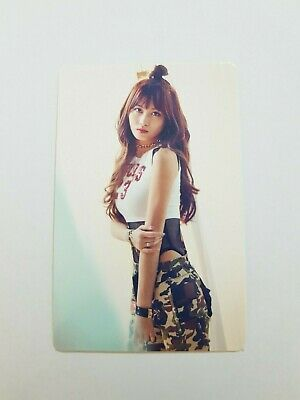"K-POP TWICE Fan Meeting ""ONCE BEGINS"" Official MOMO WHITE Photocard"