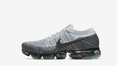 9c2117ab61a97 Nike Air VaporMax Flyknit Heritage Pack Pure Platinum 922915-002 Men s Size  ...