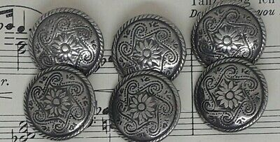 Vintage set of silver coloured metal buttons with a lovely design to front 15mm