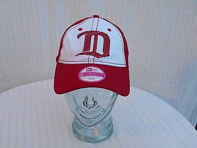 buy popular d1ff6 1a138 DETROIT RED WINGS NHL Women s 9TWENTY Hat Red White Sequins HOCKEY New Era