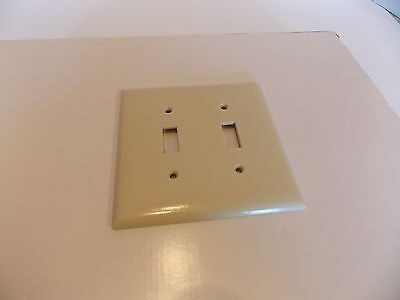 Vintage Bakelite Sta-Kleen Double Toggle 6 Switch Plate Wall Cover Ivory