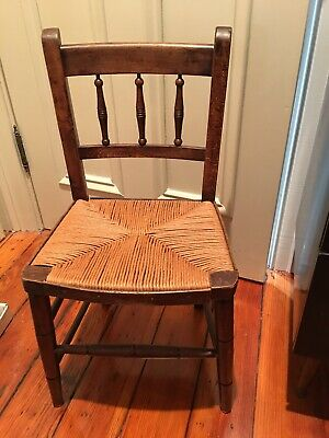 19TH Century Wood CHILD'S SPINDLE BACK CHAIR ORIGINAL SURFACE RUSH SEAT Antique