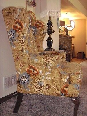VTG SHERRILL of Hickory  Wing-back Floral Upholstered Large Arm Chair
