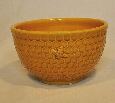 Williams-Sonoma  ~ Honey Bee Honey Comb ~Bowl 5 Inch Diameter~Retired~ Italy