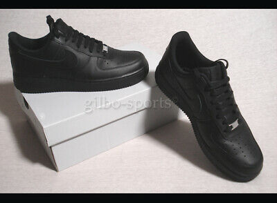 NIKE AIR FORCE One Triple Black T44,5