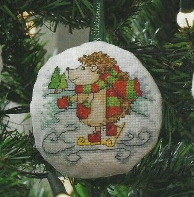 Decorations or Cards Christmas Happy Holidays Cross Stitch Patterns (cc27)