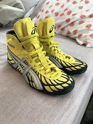 4d67591afba8c YELLOW AND BLACK Dan Gable Ultimate Asics wrestling shoes! Size 9 ...