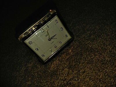 Vintage Elgin Travel Alarm Clock Made in Japan hard clam shell case Black