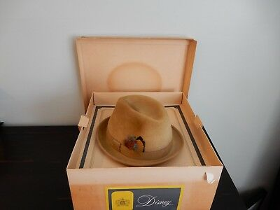 Vintage Men's Disney New York Felt Fur Fedora Hat With Original Box