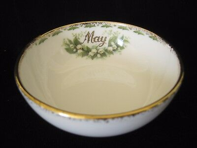 ROYAL ALBERT Flower of the Month MAY Lily of the Valley Nut Open Sugar Bowl