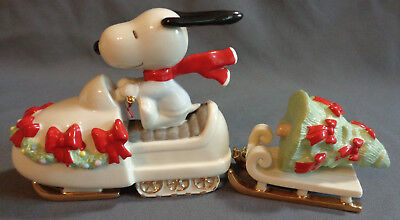 Lenox Fine China Snowmobiling with Snoopy Peanuts Snowmobile Christmas Tree 2 PC