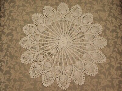 Vintage Large White Floral Hand Crochet Doily 34.5cm (13.5 inches)