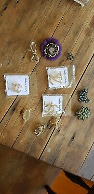 11 Used Ladies Brooches
