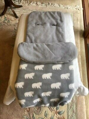 John Lewis UK fleece footmuff, unisex grey polar bear design.Used 3 mths.