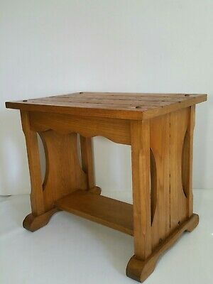 Vintage Mission Arts & Crafts Style Oak End/Side Table Stand