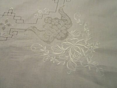 Vintage White Embroidered Pulled Work Tablecloth Wedding 66x84 NOS