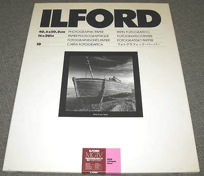 "Ilford Multigrade IV RC 16"" x 20"" / 10 sheets Black & White, Glossy Paper"