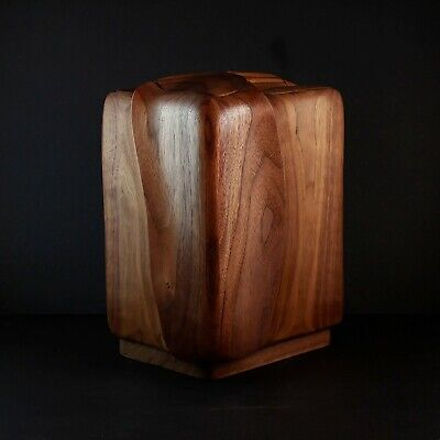 Walnut wood cremation urn for ashes - hand-crafted - Everlasting Tree - USA