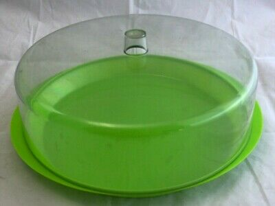 Vintage Decor Australia Green Cake Or Muffin Keeper. Very Retro