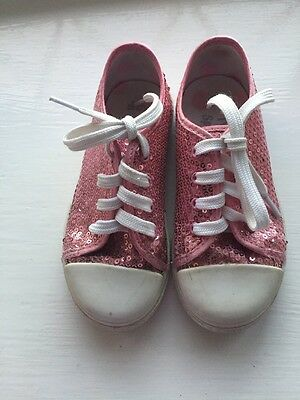 Size 8 Marks And Spencers Little Girls Pink Pumps