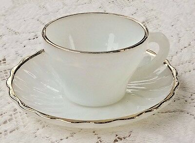 VINTAGE 1950's ANCHOR HOCKING FIRE-KING MILK GLASS TEA / COFFEE CUP & SAUCER SET