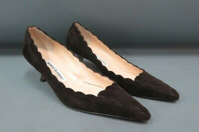 0953d89650779 Manolo Blahnik Scalloped Brown Suede Kitten Heel Pumps Point Toe Size 38 US  7.5