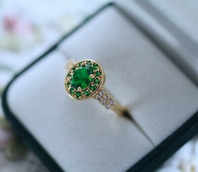Vintage Jewellery Gold Ring Emerald And White Sapphires Antique Jewelry