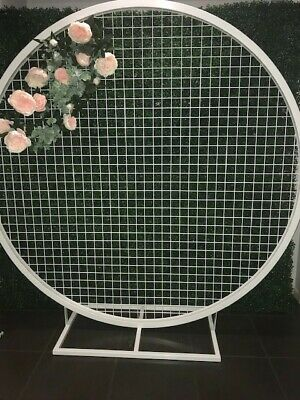 Round white Mesh Backdrop (Hire only)