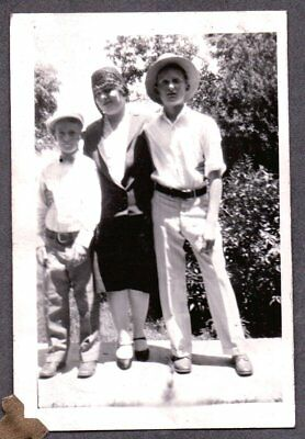 Vintage Photograph 1920-30'S Boys Flapper Girl Hat Fashion California Old Photo