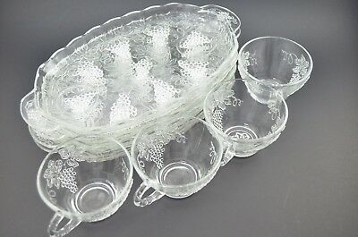 Anchor Hocking Vintage Snack Set Tray Cup for 4 Grape 600/76 Glass Never Used